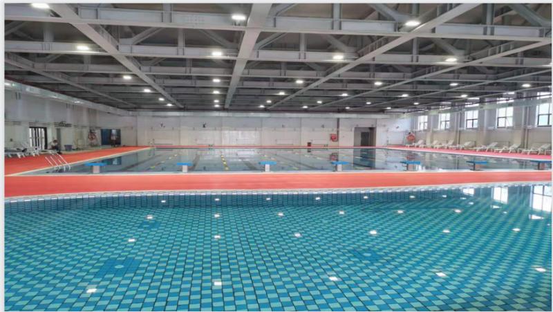 凉山春城学校游泳馆